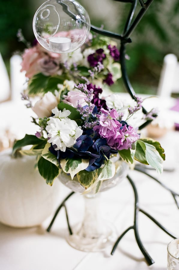 Enchanted Florist, Purple and Gold Garden Wedding, Jenna Henderson Photographer (4)