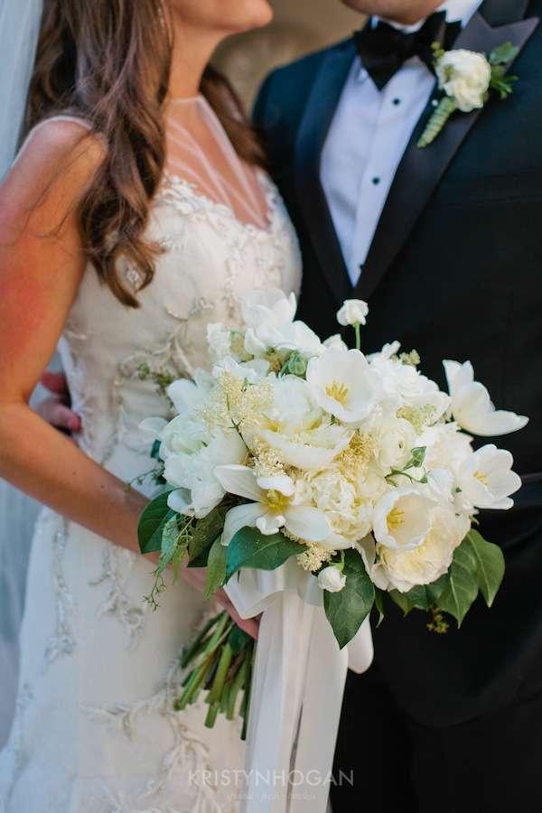 Enchanted Florist, Luxe White Wedding at Schermerhorn Symphony Center, Kristyn Hogan Photography -073