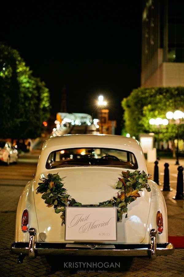 Enchanted Florist, Luxe White Wedding at Schermerhorn Symphony Center, Kristyn Hogan Photography -220