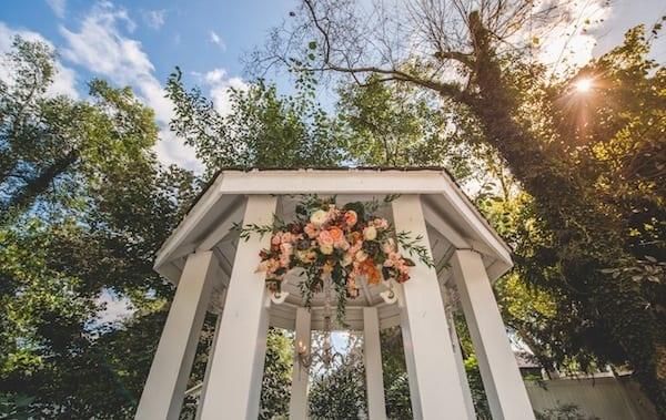 Enchanted Florist, October Garden Wedding at CJs Off the Square, Joe Hendricks Photography-007